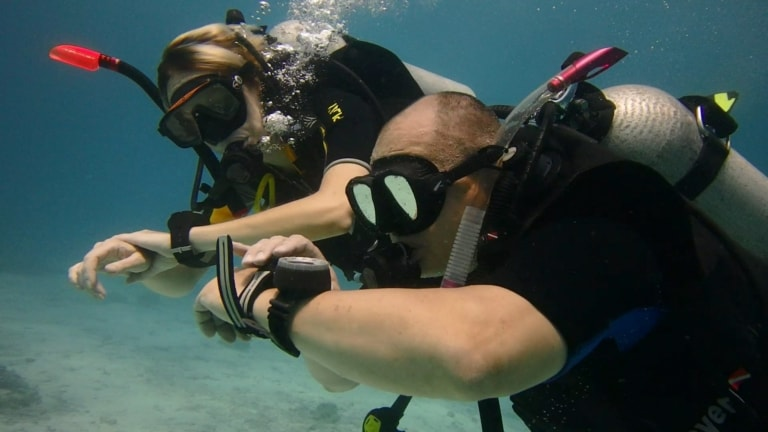Price: 12 000 Baht Do you want to conquer great depths? Go to a whole new level of exploring the underwater world? Welcome to the PADI Advanced Open Water Diver (PADI AOWD) course.